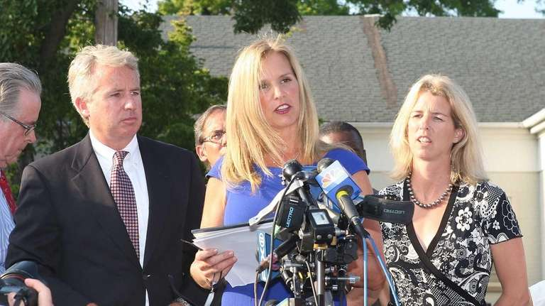 Kerry Kennedy, with her sister Rory and brother