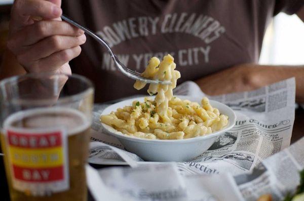Brownstone Brewing Company's mac 'n' cheese, al dente