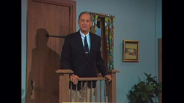 A Beautiful Day In The Neighborhood Review Not Enough Mister Rogers Newsday