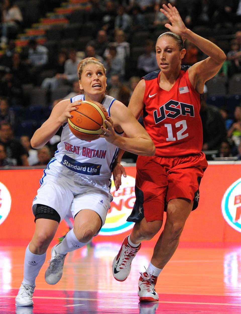 Diana Taurasi of the USA vies with Jo
