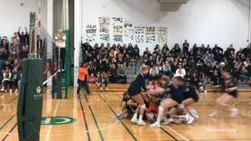 Manhasset defeated Wantagh, 21-25, 25-16, 25-14, 25-18, in