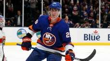 Brock Nelson of the Islanders reacts after his