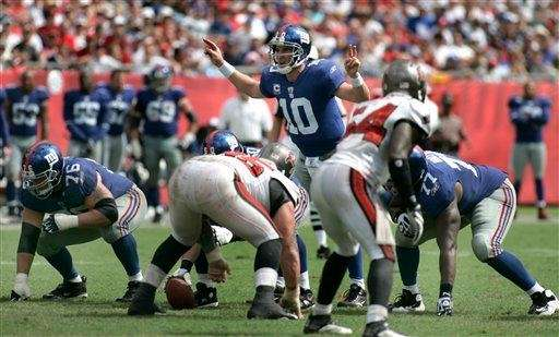 WEEK 2: GIANTS 41, BUCCANEERS 34 Eli Manning