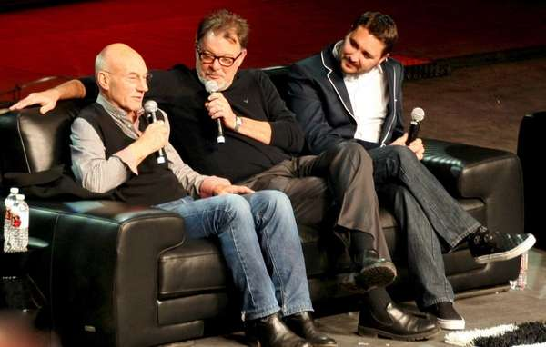 Jonathan Frakes is flanked by Patrick Stewart, left,