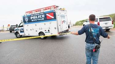 Members of the East Hampton Town Police Dive