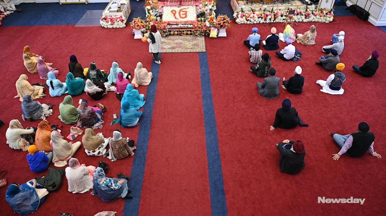 Congregants of the Guru Gobind Sikh Center in