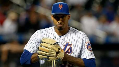 Edwin Diaz #39 of the Mets walks to