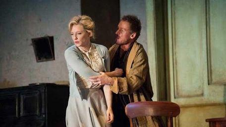 Cate Blanchett and Richard Roxburgh in
