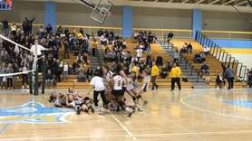 Highlights of No. 1 Oyster Bay's victory over
