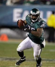 LESEAN MCCOY Philadelphia Eagles McCoy showed he could