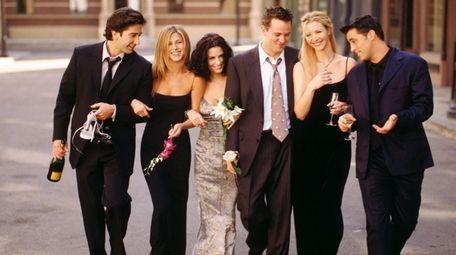 """Friends"" cast members David Schwimmer, left, Jennifer Aniston,"