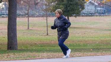 Walkers and runners get in their exercise despite