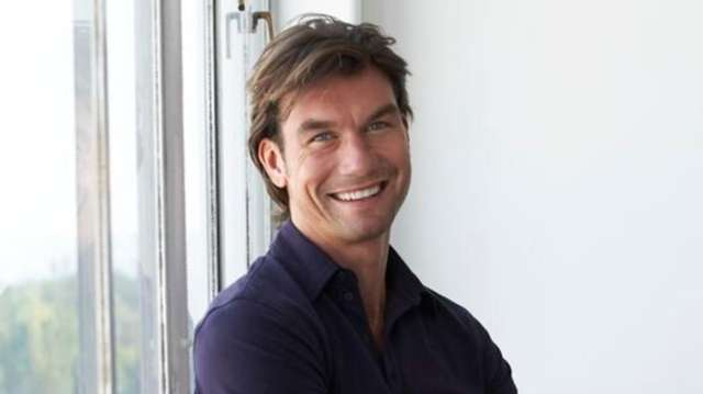 Jerry O'Connell will play Capt. Charles Taylor in