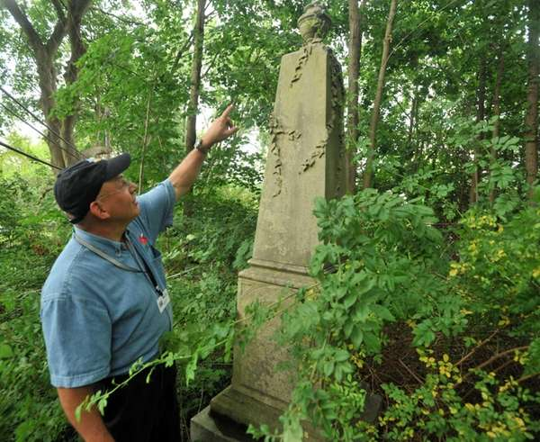Town of North Hempstead historian Howard Kroplick points
