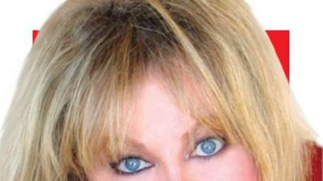 Actress Sally Struthers stars in Gateway Performing Arts