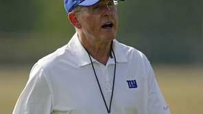 Giants head coach Tom Coughlin yells on the