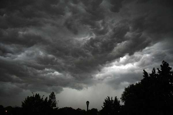 Monster storm moves through Juniper Valley Park area