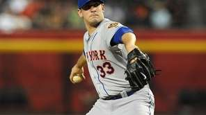 Matt Harvey delivers a pitch during his first