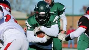 William Floyd RB Tyshawn Lopez powers his way