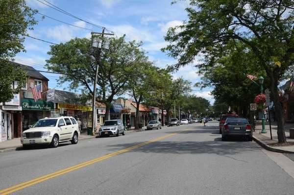 Park Boulevard is the main stretch of Massapequa