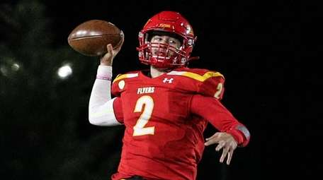 Chaminade's Ryan Walsh threw for 250 yards and