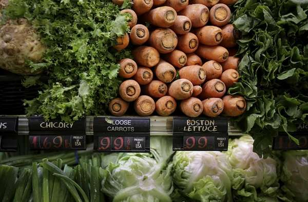 """""""Slow"""" carbs, found in whole grains, fruits, vegetables,"""