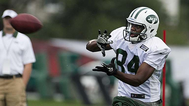 New York Jets wide receiver Stephen Hill catches
