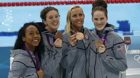 Members of the U.S. women's relay team: from