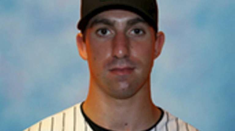 Long Island Ducks outfielder Matt Fleishman.