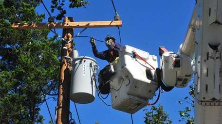 LIPA has started work on a $6.5-million transmission-line