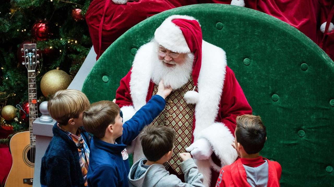 What's happening at Long Island malls