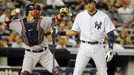 Derek Jeter strikes out in the fifth inning