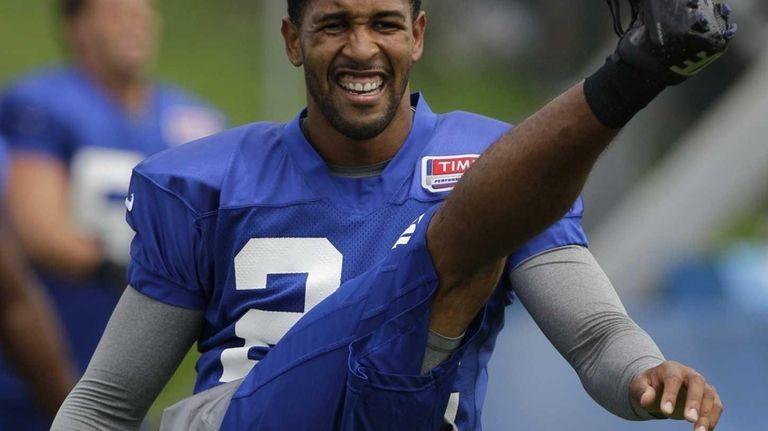 New York Giants cornerback Terrell Thomas does a