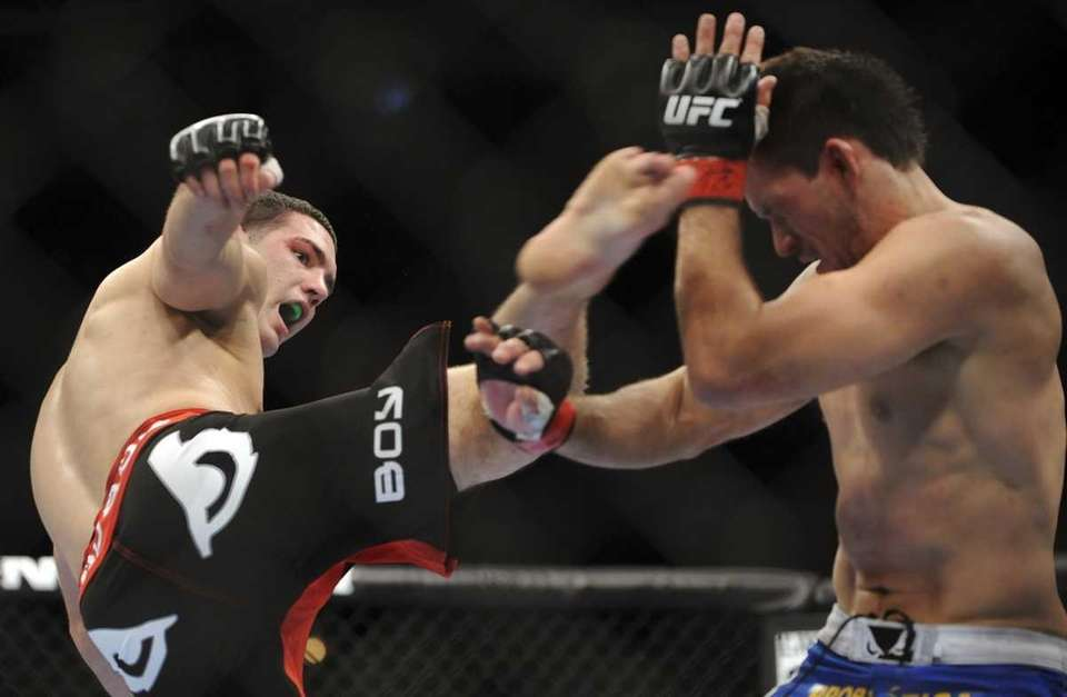 Chris Weidman lost 32 pounds in 10 days