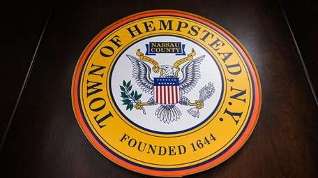 The town seal at Hempstead Town Hall on
