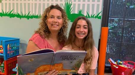 Kidsday reporter Brooke Mazzei and her mom, Dawn