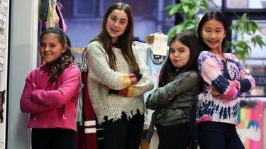 Sadie Shafranek, 10, Olivia Chodosch, 11, Sloane Silverstein,