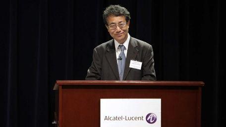 Ambassador Shigeyuki Hiroki speaks during the award ceremony