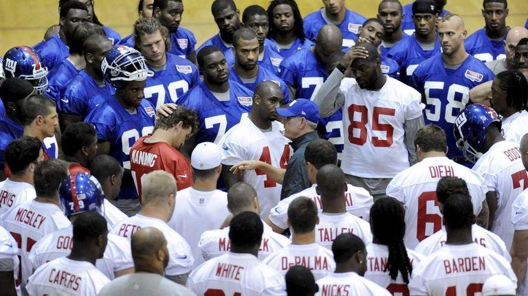 New York Giants head football coach Tom Coughlin