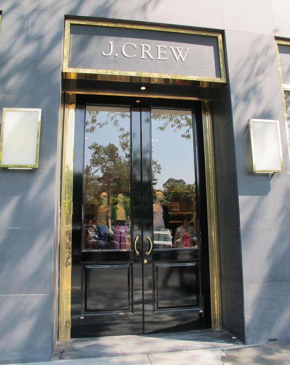 J.Crew offers a 15 percent discount to students