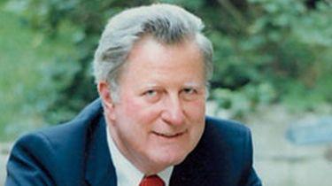 Former Manhasset schools superintendent Donald E. Harkness died