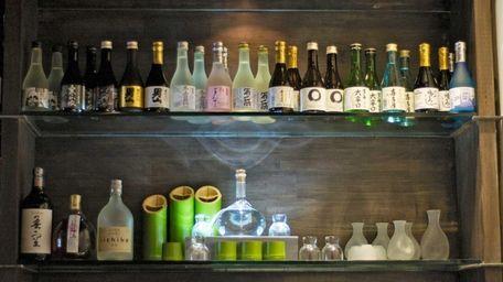 Ichiz restaurant in Huntington stocks a variety of