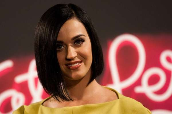 Katy Perry promotes her
