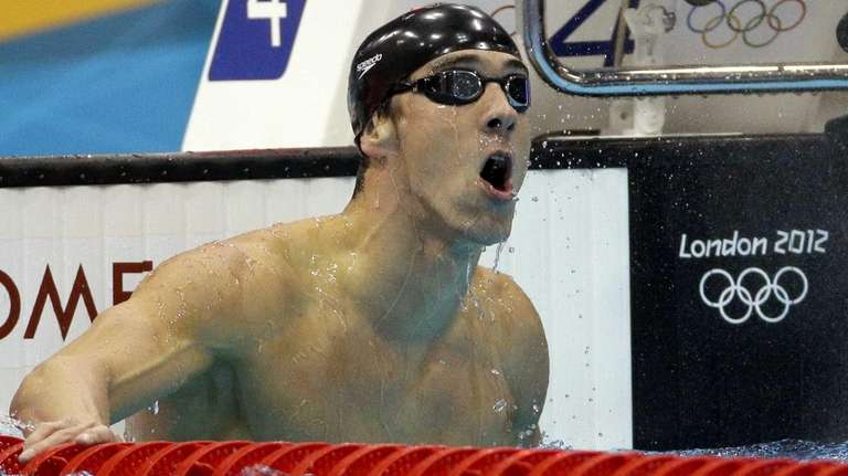 Michael Phelps reacts to his gold-medal win in