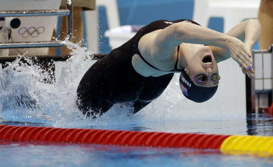 Missy Franklin starts the women's 200-meter backstroke final
