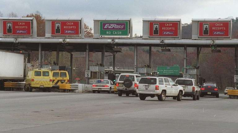 The toll plaza at the current Tappan Zee