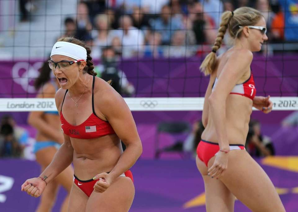 Misty May-Treanor, left, and Kerri Walsh Jennings, right,