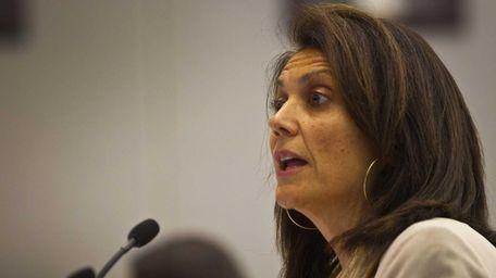 Joanne Minieri, Suffolk commissioner of economic development and