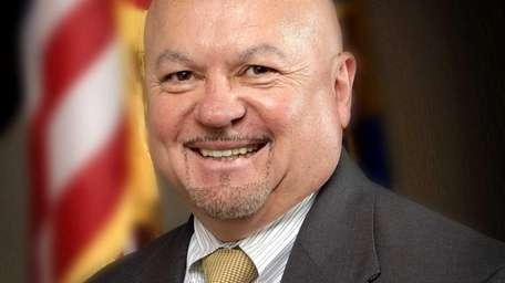 Edwin Perez has joined Realty Executives North Shore