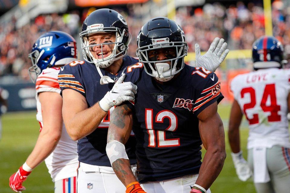 Chicago Bears wide receiver Allen Robinson celebrates his